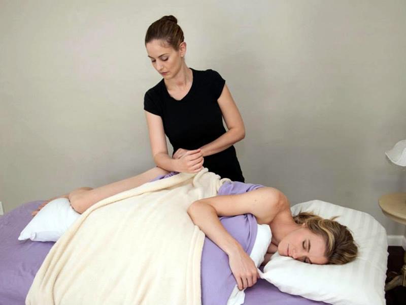 in-confinement-massage