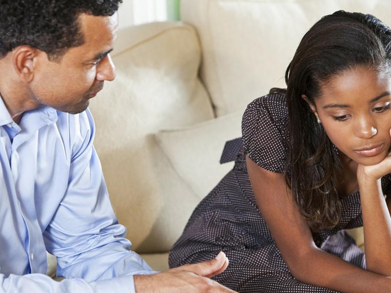 dad-talking-to-daughter