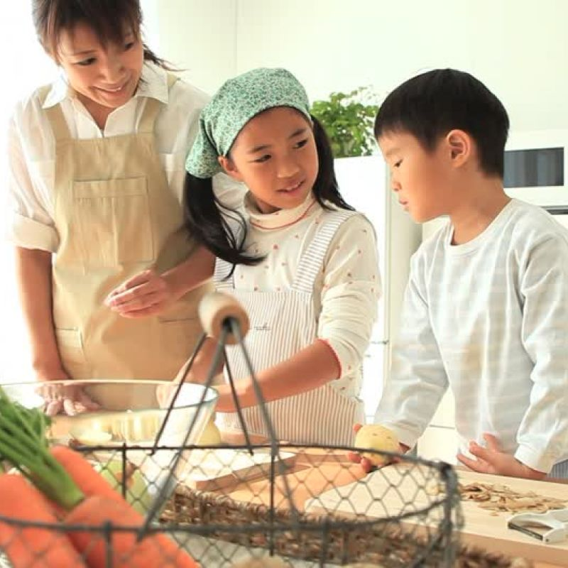 good reasons to cook with kids