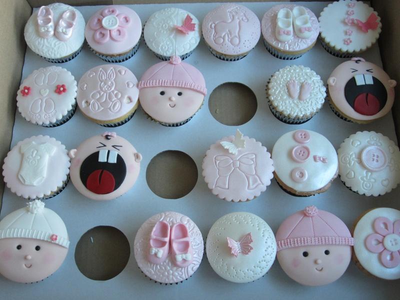baby-shower-cupcake