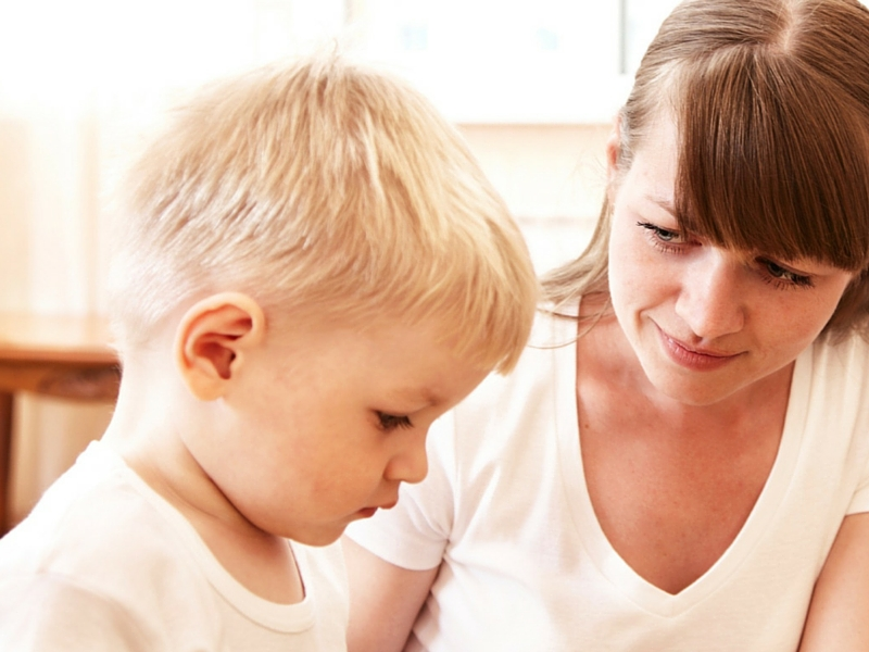 mom-talking-to-kids