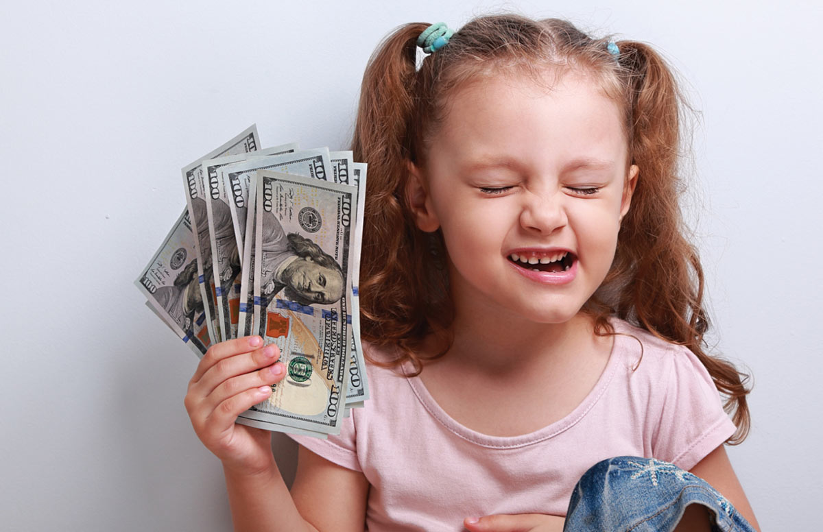 When to start giving a child pocket money 93