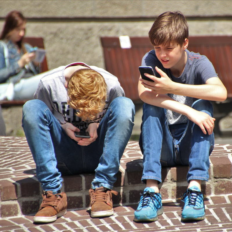 Smartphone causes child to get less sleep