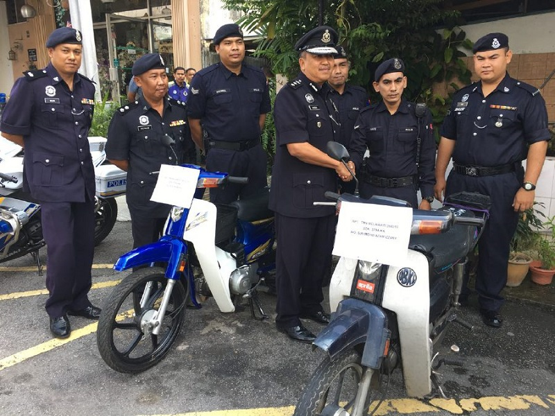 police officers that caught the man trying to escape