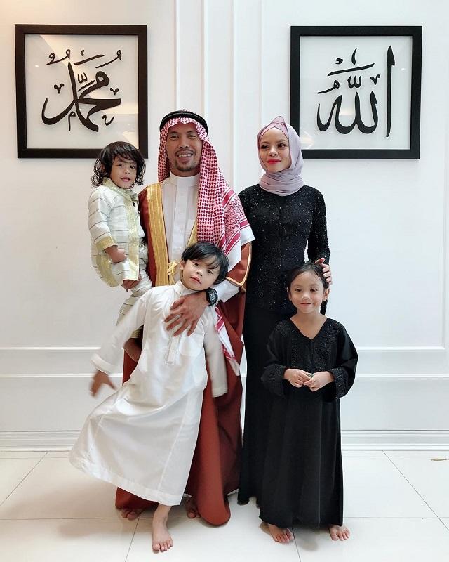 Siti Sarah-family