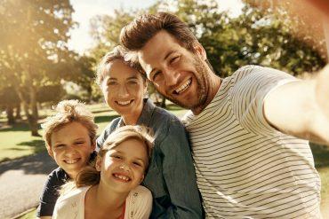 every-day-happy-family