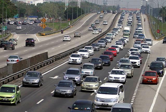 plus-open-emergency-lane-cny-traffic
