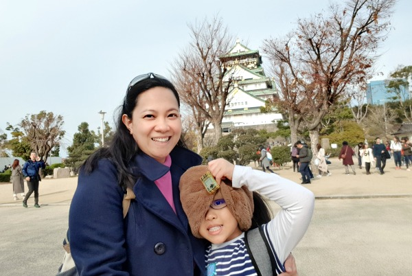 Ai Ching and her daughter (Image Credit: Chan Ai Ching)