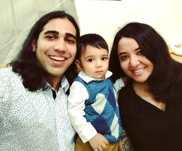 Pearl Lee, Haresh Deol with son, Shane. (Image Credit: Pearl Lee)