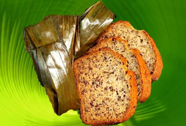 Sticky Rice and Bananas or Lipat Pulut Pisang and Banana Loaf.