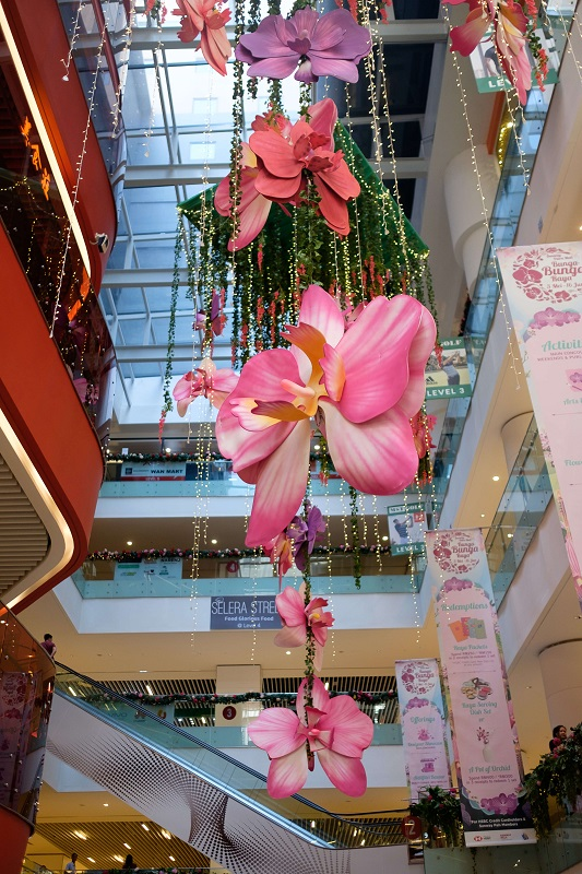 Life size orchid decorated around the mall as part of the mall's festive decor.