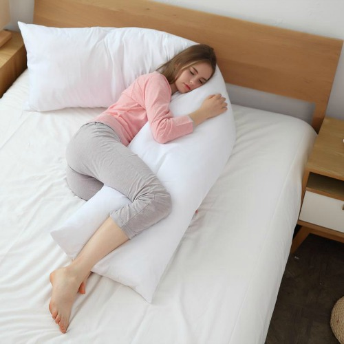"""The """"giant-sausage"""" pregnancy pillow (Image Credit: Cheer Collection)"""