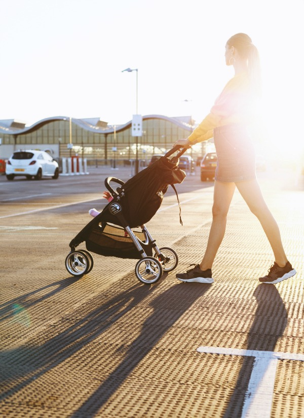 Taking your baby out in a stroller is a great way to exercise, get some fresh air, enjoy the scenery and lose weight.