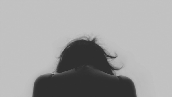 Woman in Despair. Colic ─ what it is and how to handle it