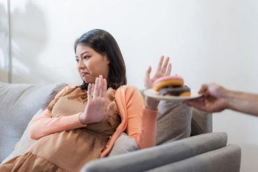dangerous food for pregnant moms