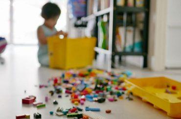 kid make a mess