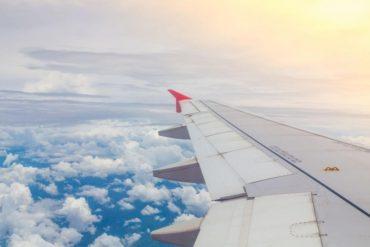 plane-in-sky-motherhood