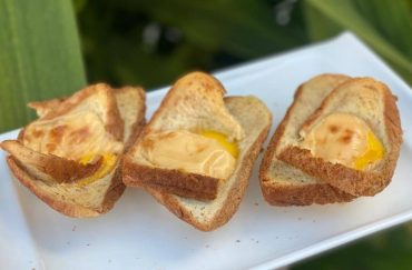 egg bread cup toast