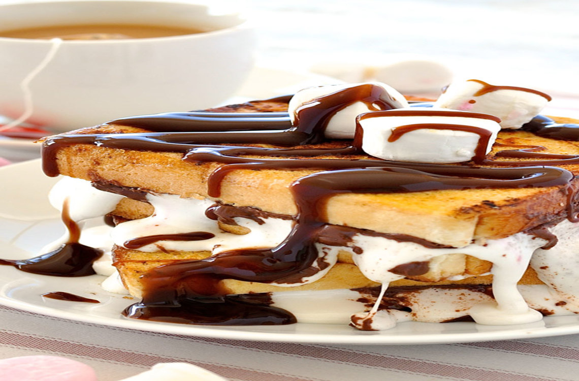 smores french toast with chocolate sauce