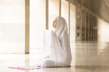 wanita doa selepas solat